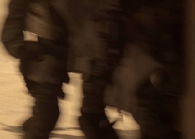 File:4x06 grenade 2.jpg