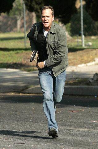 File:Jack Bauer Running.jpg