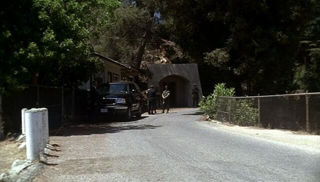File:2x08 OC entrance.jpg