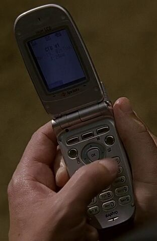 File:1x19 Jack's phone.jpg