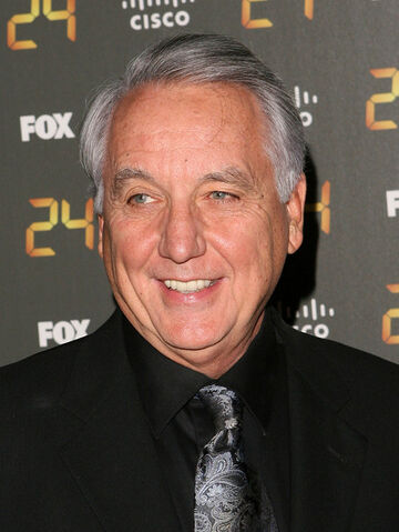 File:24- Bob Gunton at 150th Episode and S7 Premiere Party.jpg