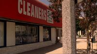 4x01 Landstrass cleaners
