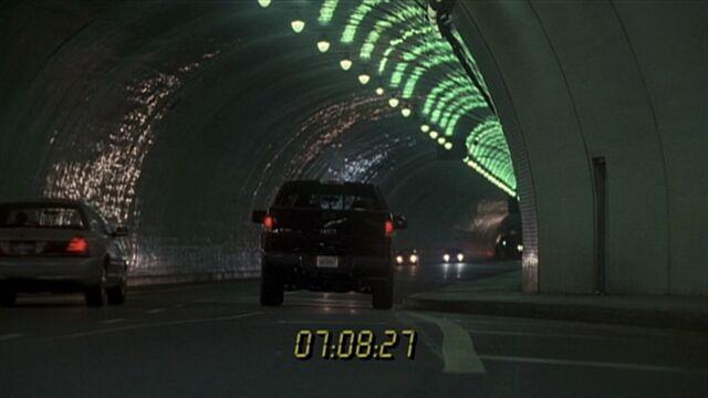 File:3x07 tunnel.jpg