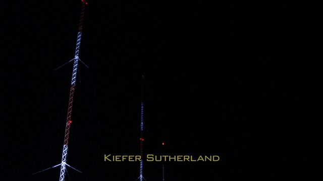 File:6x15 radio towers.jpg