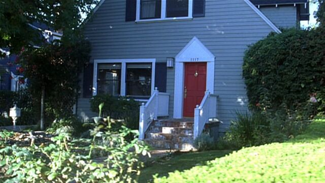 File:7x08 Vossler house1.jpg