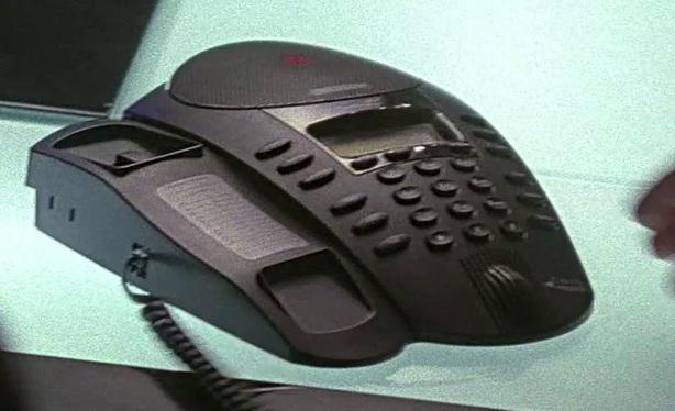 File:2x23 District phone.jpg