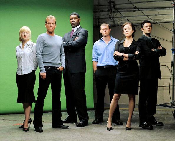 Archivo:Season 3 promo.jpg