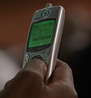 File:3x04 Wayne phone.jpg
