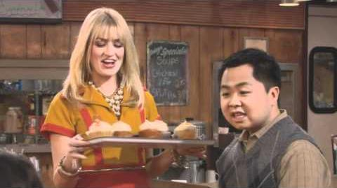 2 Broke Girls - And Martha Stewart Have A Ball Extended Preview