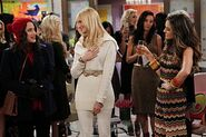 2-BROKE-GIRLS-And-The-Reality-Check-Episode-11-12-550x366