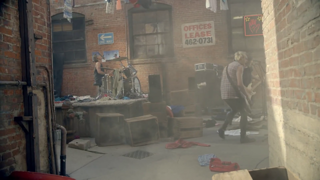 File:5 Seconds of Summer - She Looks So Perfect - 5 Seconds of Summer Wiki (120).png