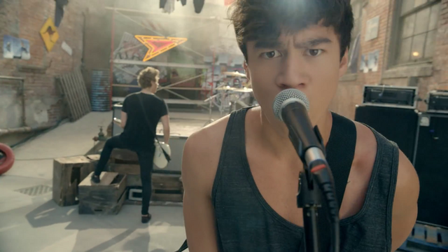 File:5 Seconds of Summer - She Looks So Perfect - 5 Seconds of Summer Wiki (87).png