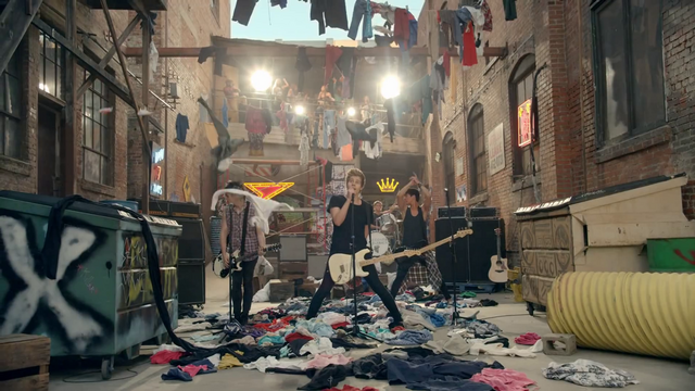 File:5 Seconds of Summer - She Looks So Perfect - 5 Seconds of Summer Wiki (154).png