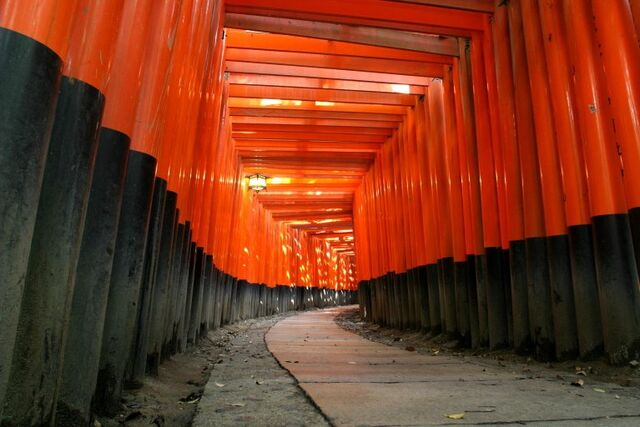 File:KyotoFushimiInari.jpg