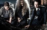 Addams-Family-Values-08-4