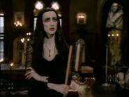 The.new.addams.family.s01e52.undercover.man030