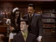 The.new.addams.family.s01e50.lurch,man.of.leisure030