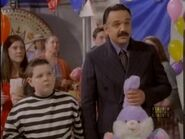 The.new.addams.family.s01e04.morticia.and.the.ladies.league027