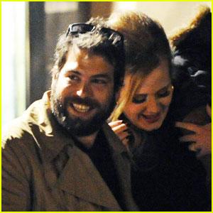 File:Adele-simon-konecki-not-married.jpg