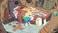 S3e9 Fionna and Cake intro fistbump