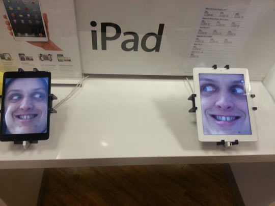 File:Funny-iPad-prank-photo-staring-ugly-faces.jpg