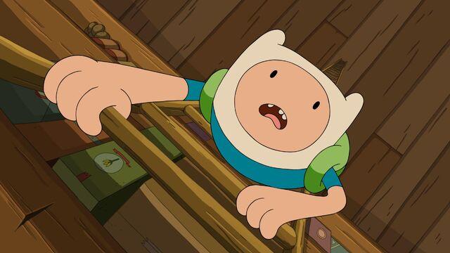 File:Finn climbing.jpg