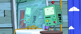 S4e2 BMO looking over shoulder