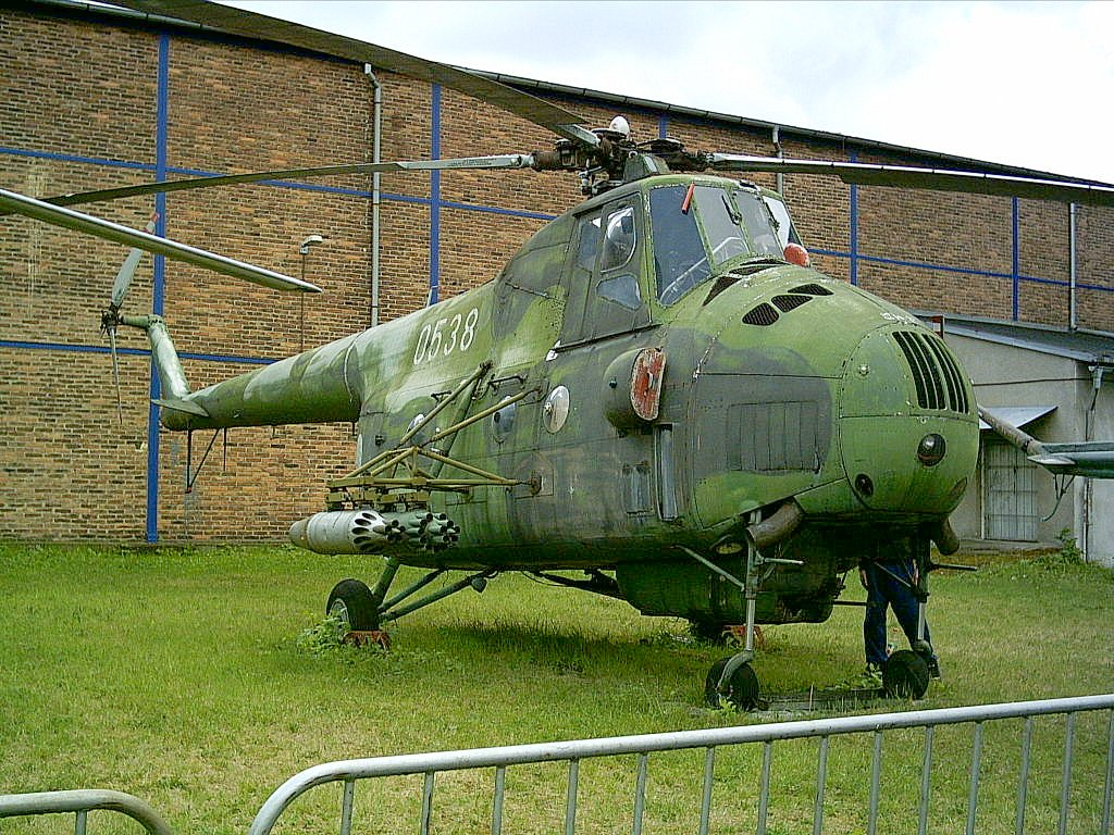 """Mil Mi-4 """"Hound"""" – The First Eastern Heavy Lifter – Pickled Wings"""
