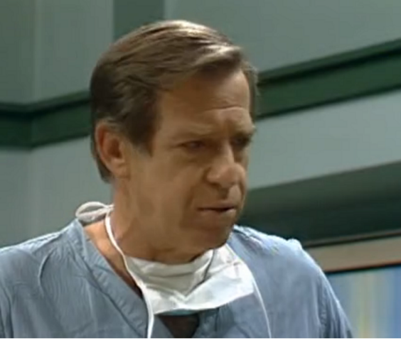 File:Gene Blakely as Dr. Shapiro - All In The Family.png