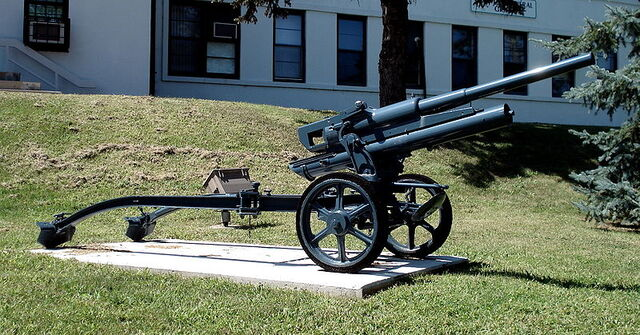 File:800px-47mm 47-32 anti tank gun cfb borden 1.jpg