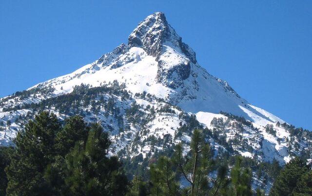 File:Nevado colima.jpg