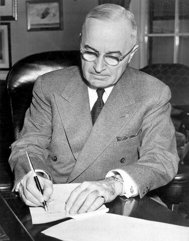 File:Truman initiating Korean involvement.jpg