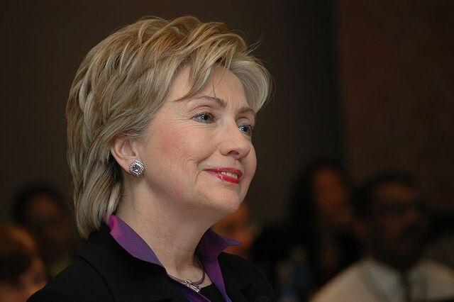 File:800px-Sen. Hillary Clinton 2007 denoise.jpg
