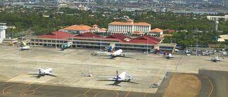 Macatn-Airport1