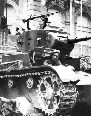 Soviet-tanks-in-spain