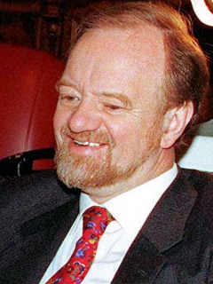 File:Robin cook1.jpg