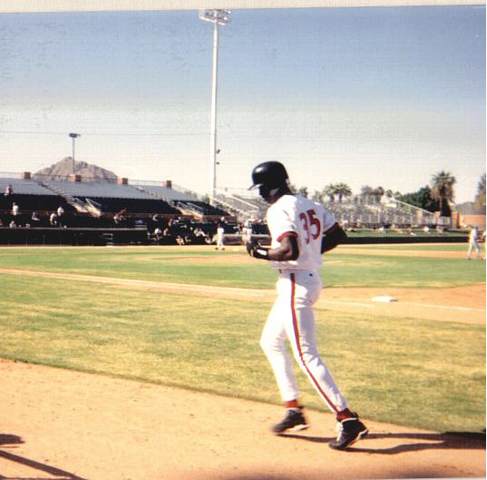 File:MichaelJordanBaseball.PNG