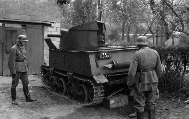 File:Bundesarchiv Bild 101I-127-0362-14, Belgien, belgischer Panzer T13.jpg