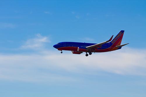 File:Southwest Airlines Boeing 737-7H4 (N723SW).jpg