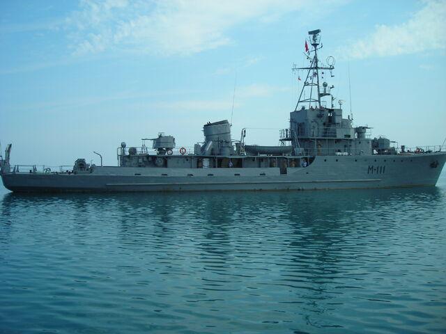 File:Albanian Minesweeper M-111.jpg