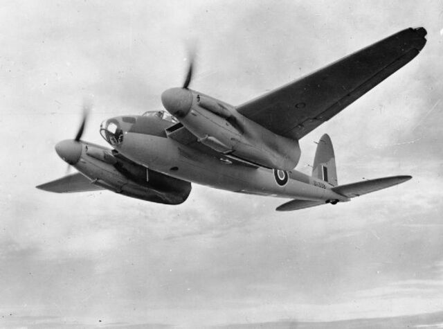File:De Havilland Mosquito-DK338-1942.jpg