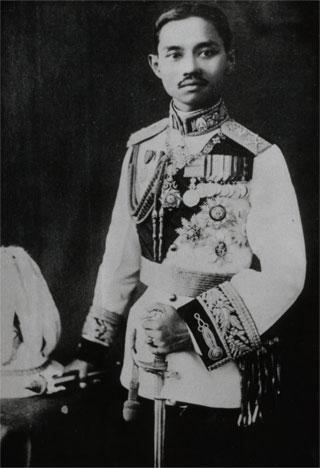 File:KingPrajadhipok.jpg