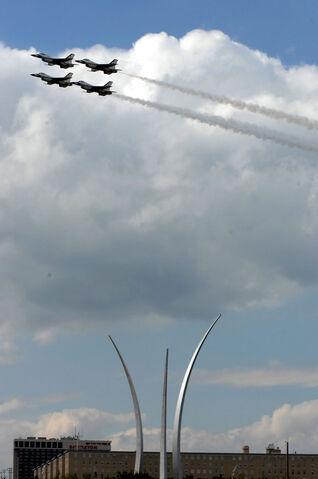 File:Thunderbird memorial.jpg