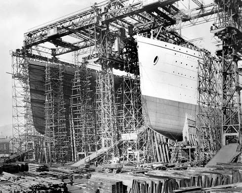 Olympic-and-titanic-being-built-in-belfast.-135-p