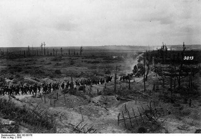 File:Bundesarchiv Bild 102-00178, Frankreich, Eroberte französische Stellung.jpg
