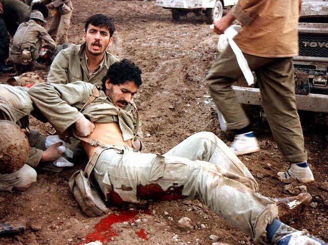 File:Wounded Irani soldiers 3.jpg