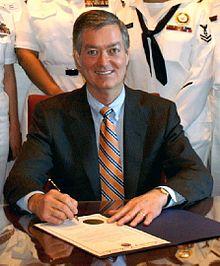 File:220px-Governor of Colorado Bill Owens 060502-N-5324D-001 crop.jpg