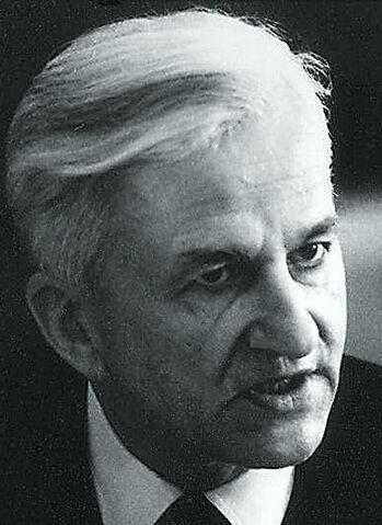 File:Richard von Weizsäcker.jpg