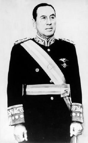 File:Juan Peron.PNG