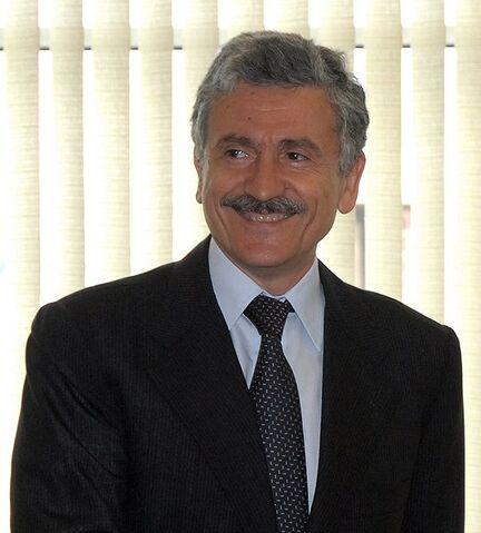 File:Massimo D'Alema.jpg